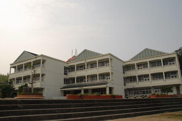 宫田西中学