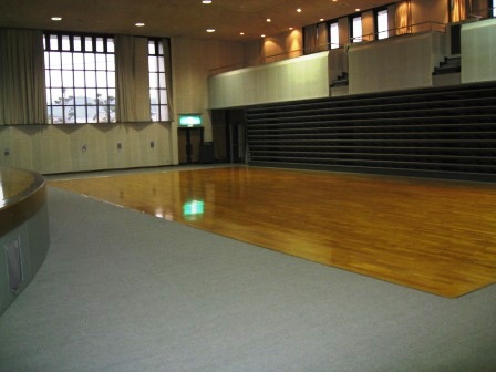 Mary hall Miyata 1F hall (the seat side)